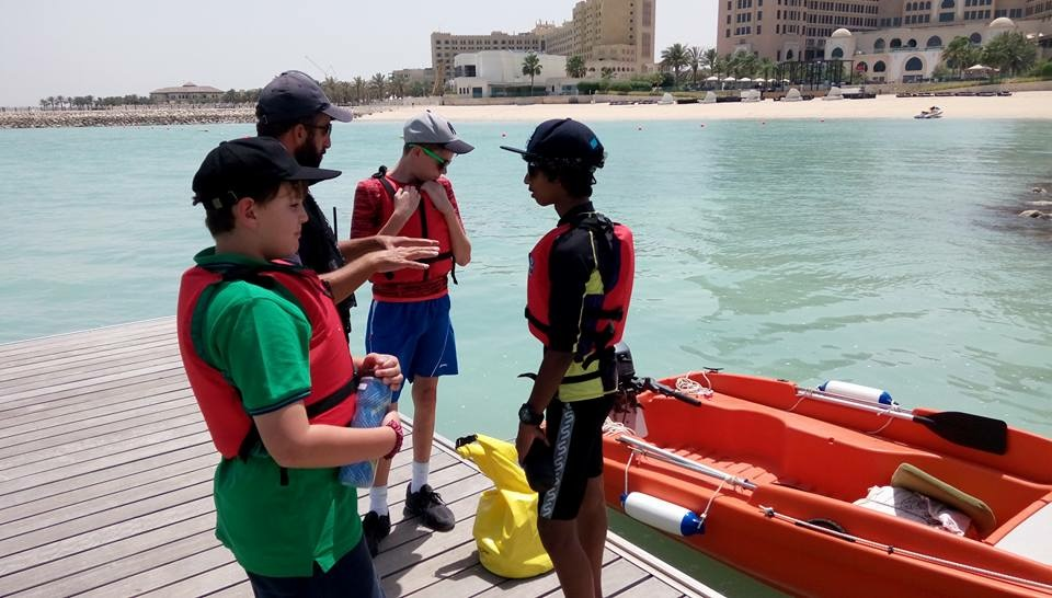 child speedboat course